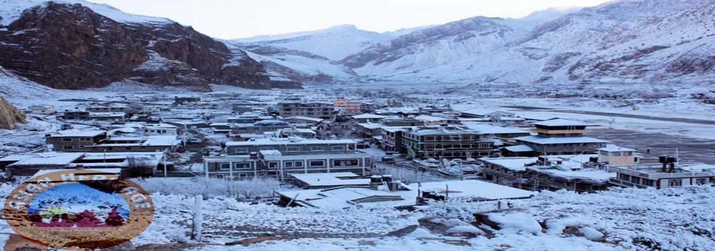 Snow covered Jomsom